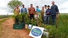 Emater/RS-Ascar leva Quintais Orgânicos de Frutas da Embrapa para assentamentos de Jóia