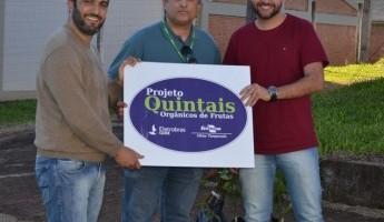 Projeto Quintais Orgânicos de Frutas realiza entrega das mudas no IFFar - Campus Santo Augusto