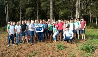 Equipe do Projeto Quintais participa de Dia de Campo em Vidal Ramos-SC