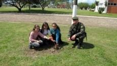 8ª Bda Inf Mtz realiza plantio de árvores