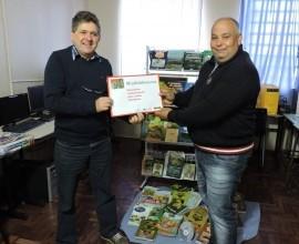 Entrega da Terceira Minibiblioteca e Quintal Orgânico de Frutas na Escola Conquista 16 de Outubro.
